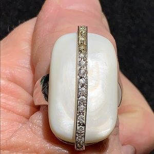 LARGE SILVER TONE & MOP W/ RHINESTONES RING